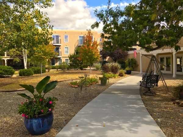Courtyard at Kingston Santa Fe Assisted Living