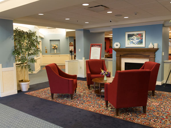 Sitting Room at Kingston's Perrysburg Skilled Nursing