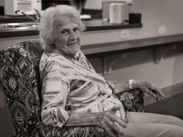 Female Resident at Kingston's Assisted Living in Vermilion