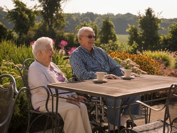 Outdoor Senior Living Patio at Kingston Residence of Fort Wayne