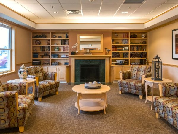 Living Room at Kingston Care Center of Fort Wayne