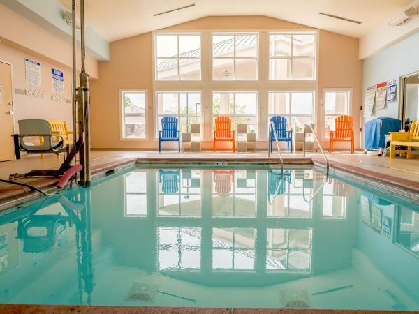 Indoor Aquatic Therapy Pool | Kingston Care Center of Fort Wayne